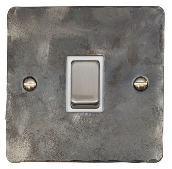 G&H Flat Plate Rustic Silver
